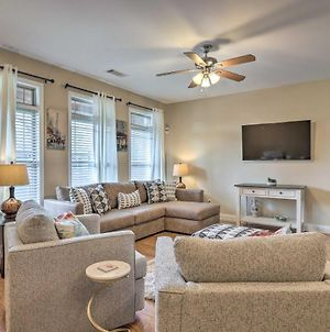 Macon Townhome With Pool Access - 5 Mi To Dtwn! photos Exterior