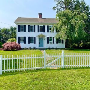 1860'S Colonial House Near Downtown And Beaches! photos Exterior