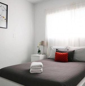 Large Two Bedroom Two Queen Beds photos Exterior