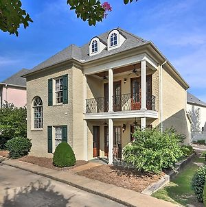 Large, Elegant Home Less Than 2 Miles To Ole Miss! photos Exterior