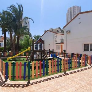 Two Bedroom Townhouse Bungalow In A Secure Complex In Benidorm Free Wifi photos Exterior