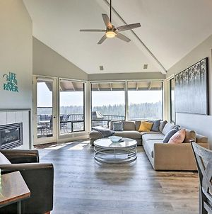 Gorgeous Bend Condo With Deck And Pool Access! photos Exterior