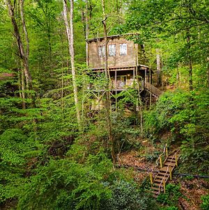 The Treehouse - Rocking Chair Deck With Hot Tub Below, Walking Distance To Downtown Helen, Sleeps 5 photos Exterior
