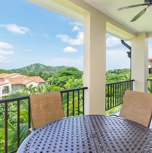 Well-Decorated 3Rd-Floor Unit With Unique Designs And Mountainview In Coco photos Exterior
