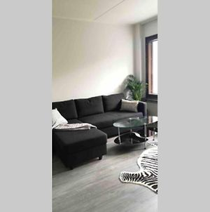 Cosy Studio Near By Airport, 2Min From Train! photos Exterior