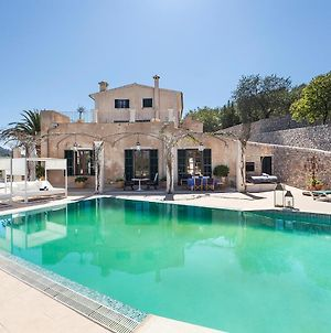 Majestic Holiday Estate Sleep 12 Pers In Calvia photos Exterior