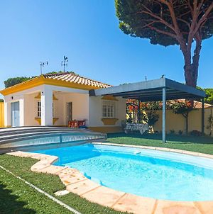 Awesome Home In Cadiz With Outdoor Swimming Pool, Wifi And 3 Bedrooms photos Exterior