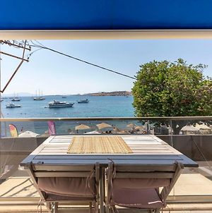 Luminous Seafront Apartment With Fascinating Sea View In The Heart Of Bodrum photos Exterior