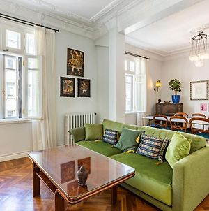 Historical Luxurious Apartment Near Trendy Attractions In Nisantasi photos Exterior