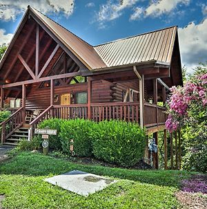 Pigeon Forge Cabin Retreat 1 Mi To Parkway! photos Exterior