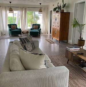 Charming 3Br 3Bath Home Just Steps From The Ocean. photos Exterior