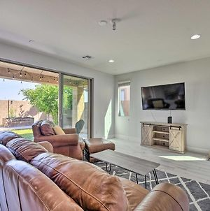 Glendale Home With Putting Green And Pool Access! photos Exterior