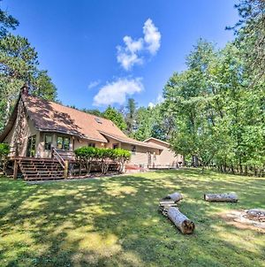 Riverfront Oconto Escape With Fire Pit And Yard! photos Exterior