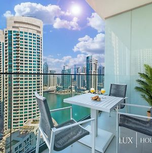Lux Contemporary Suite With Full Marina View 3 photos Exterior