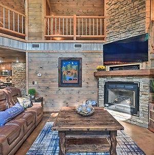Luxe Cabin With Hot Tub, Tesla Charging Station photos Exterior