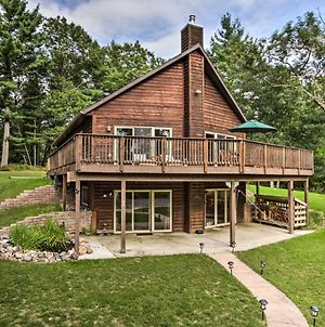 Tree-Lined Cabin Less Than 7 Mi To Friendship Lake! photos Exterior