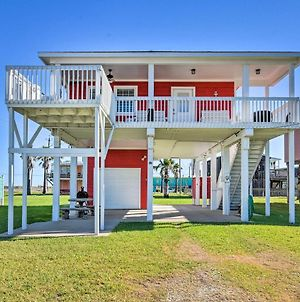 The Red Reef Home With Sundeck, Walk To Beach photos Exterior