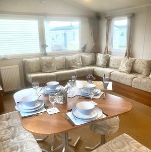 Pevensey Bay Holiday Park 2 Bedrooms Sleeps 6 40 The Lawns photos Exterior