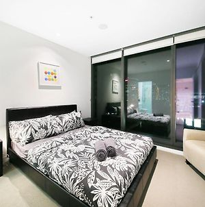 A Comfy 2Br Suite, Large Balcony At Southern Cross photos Exterior