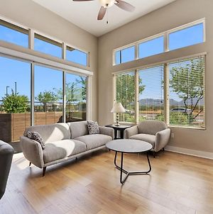 Stunning New Modern 2 Bed Apartment In Scottsdale By Stay Gia photos Exterior