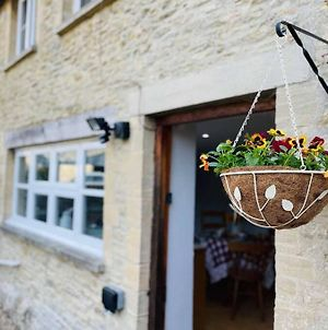 The Gardens Cotswold Holiday Cottage photos Exterior