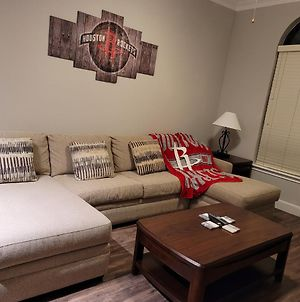 Experience Luxury At Houston'S Dynasty Suite Mins To Dtwn, Med Center And Galleria photos Exterior
