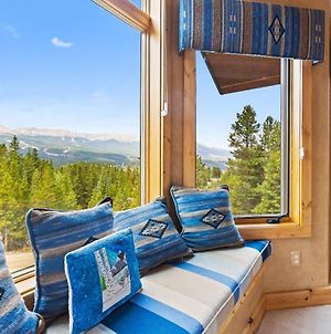 Charming 3 Bdr With Breathtaking Views And Hot Tub photos Exterior
