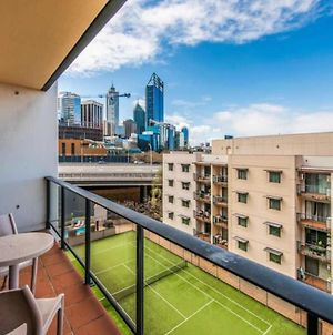 Conveniently Located 2Bdr Apartment In The Cbd! photos Exterior