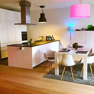 Modern, Spotless Apartment In A Perfect Location!! photos Exterior