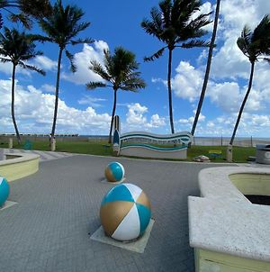 Coveted 2 Bedroom Vacation Home On Deerfield Beach. photos Exterior