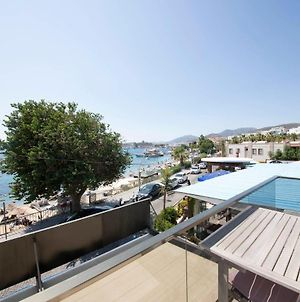 Lovely Seafront Apartment With Breathtaking Sea View In The Heart Of Bodrum photos Exterior