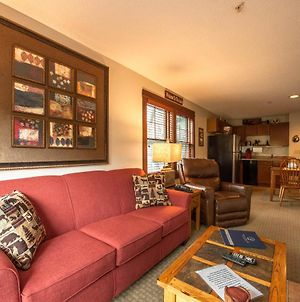 A218 - One Bedroom Suite, Gas Fireplace, Free Wifi! photos Exterior