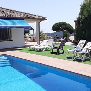 Villa In Blanes Sleeps 9 With Pool And Wifi photos Exterior