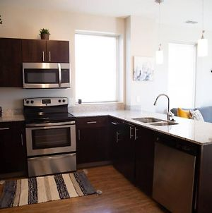 *** New Charming And Luxury Apartment In Downtown Columbus*** photos Exterior
