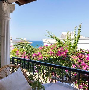 Lovely House With Captivating View In Gumusluk, Bodrum photos Exterior
