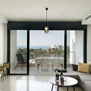 Luxury Apartment With Sea View By Airsuite photos Exterior