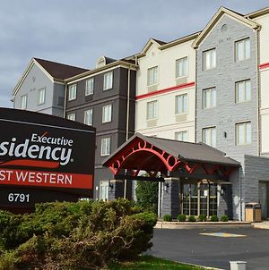 Executive Residency by Best Western Toronto-Mississauga photos Exterior