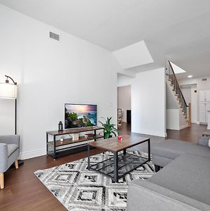 Heart Of Little Italy Rooftop And Deck, Spacious Luxury Condo 506 photos Exterior