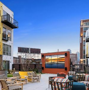 Upscale Stay With Amenities Galore Center Of Crossroads Art District 340 photos Exterior