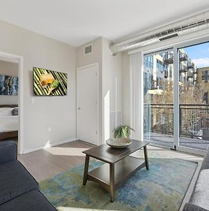 Spacious Insta-Worthy Oasis Steps From Night Life 360 photos Exterior