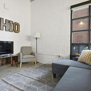 Industrial Loft Apartments In The Beautiful New Superior Building! 108 photos Exterior