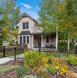 Lansdowne Retreat 5 Br With Stunning Location Private Hot Tub photos Exterior