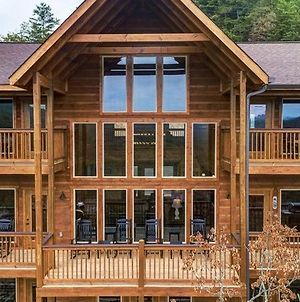 Awesome Mountain Sunsets - 5 Bedrooms, 5,5 Baths, Sleeps 16 Cabin photos Exterior