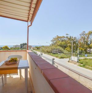 Awesome Apartment In Contrada Fiori Sud With Wifi And 1 Bedrooms photos Exterior