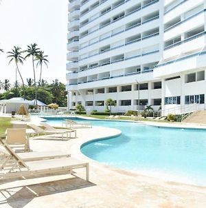 The Perfect Beach View 2 Bed Apt. With Pool & Wif photos Exterior