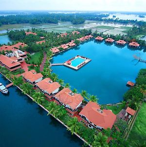 Sterling Lake Palace Alleppey photos Exterior