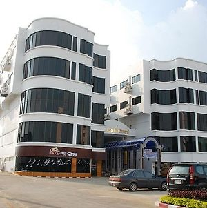 Chainat Thani Hotel photos Exterior