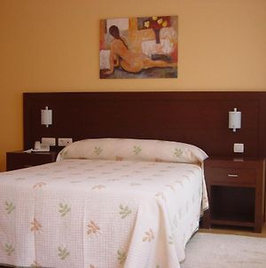 Hostal Acanto photos Room