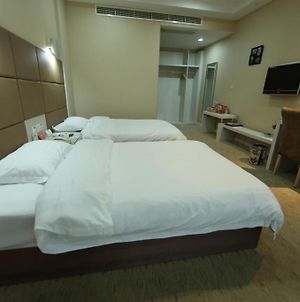 Super 8 Hotel Wenzhou Wang Jiang Lu photos Room