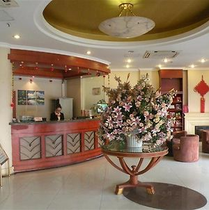 Greentree Inn Nanqiao Middle Renmin Road photos Exterior